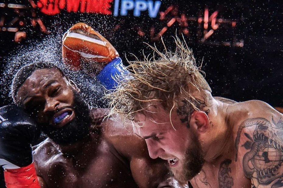 Paul, Woodley, MMA