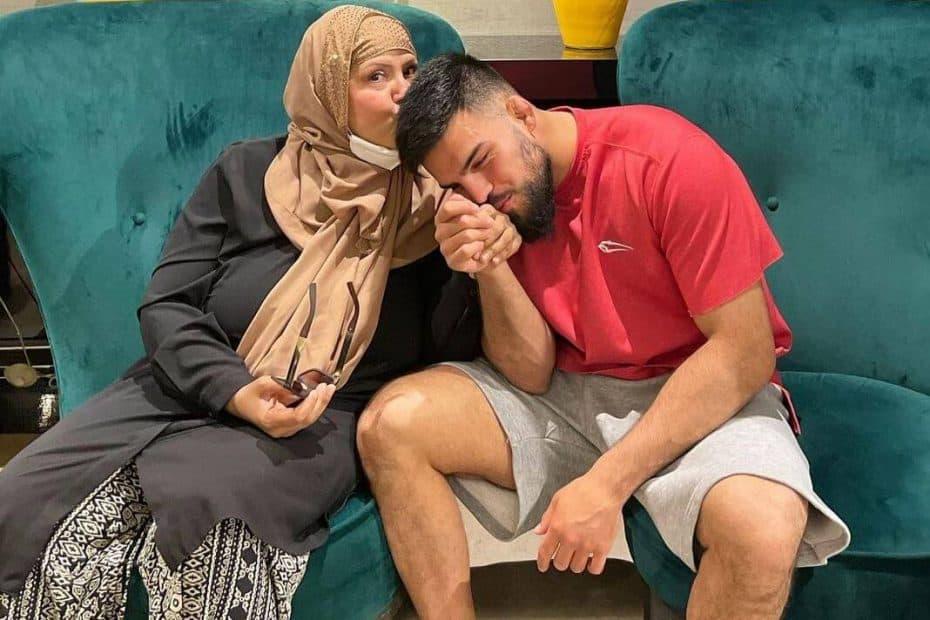 Nasrat_Haqparst_mother